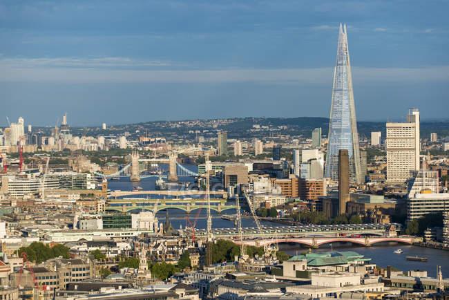 London und die Themse — Stockfoto