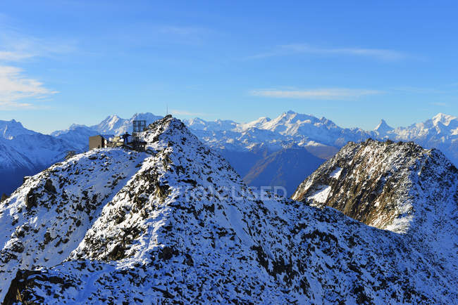 Eggishorn cable car station and Matterhorn — Stock Photo