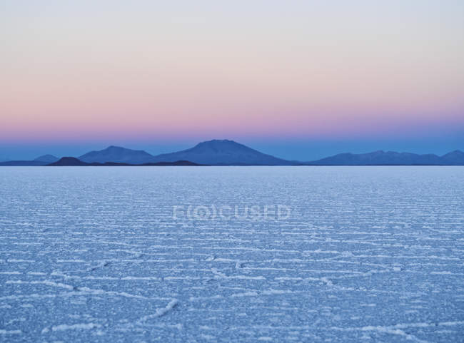 Vista del Salar de Uyuni - foto de stock
