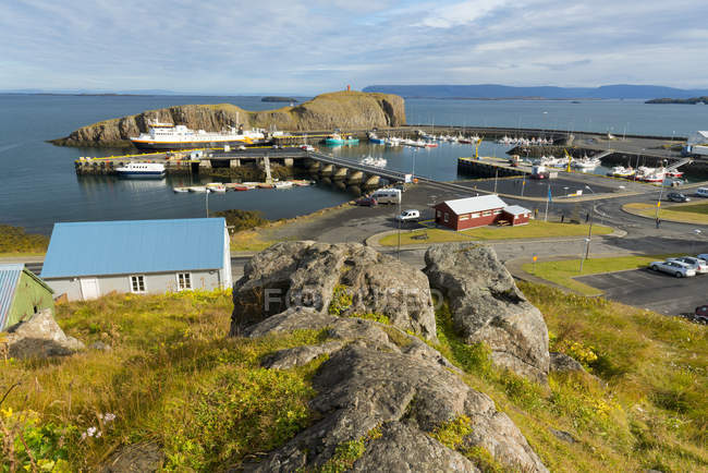 Обзор гавань Stykkisholmur — стоковое фото