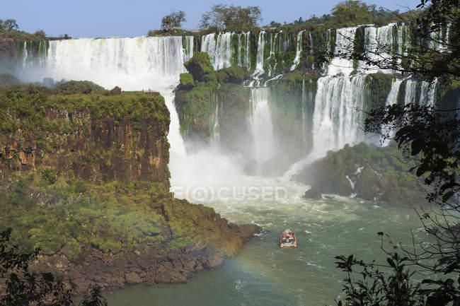 Iguazu Wasserfälle von der argentinischen Seite — Stockfoto