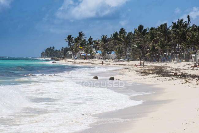 White sand beach, San Andres — Stock Photo