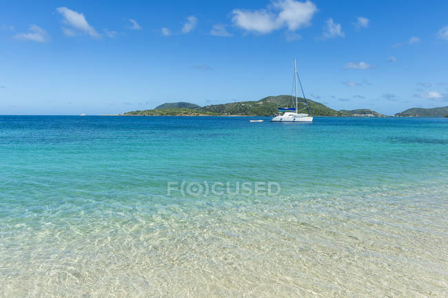 Spiaggia di Long Bay, Beef Island — Foto stock