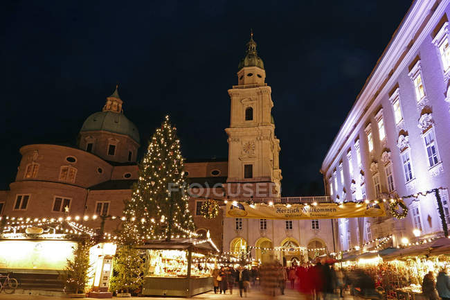 Salzburg Cathedral and Chrismas Market — Stock Photo