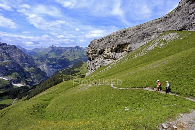 Hikers at Kleine Scheidegg, Grindelwald — Stock Photo