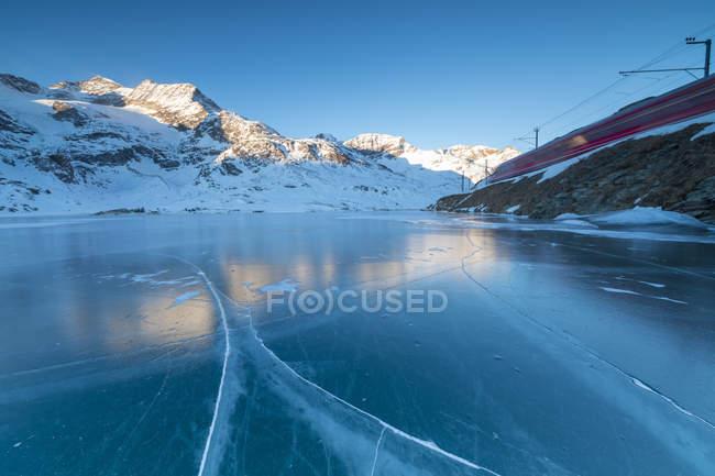 Lago Bianco, Suisse — Photo de stock