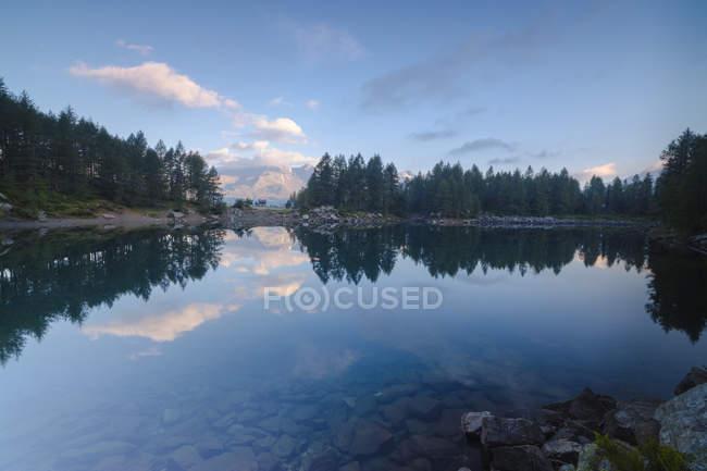 Lago Azzurro all'alba — Foto stock