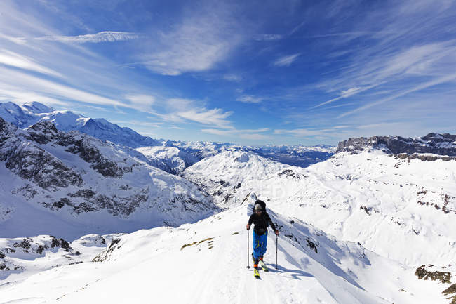 Ski touring on Mont Buet — Stock Photo