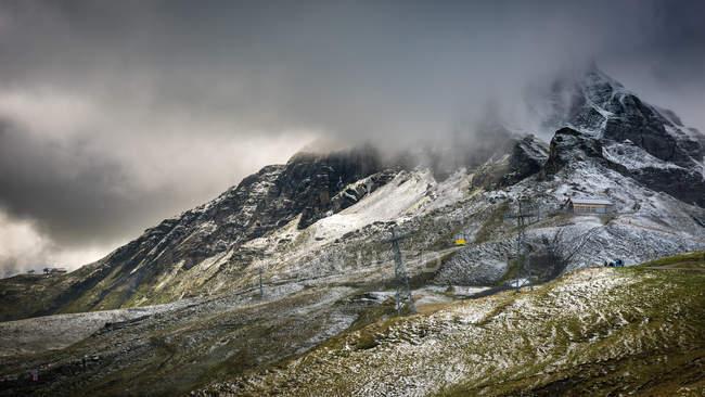Jungfrau abaixo do cume — Fotografia de Stock