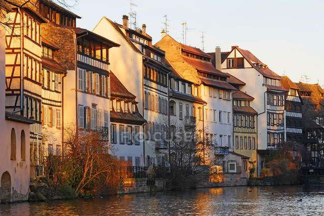 Ill River and Quai de la Bruche — Foto stock