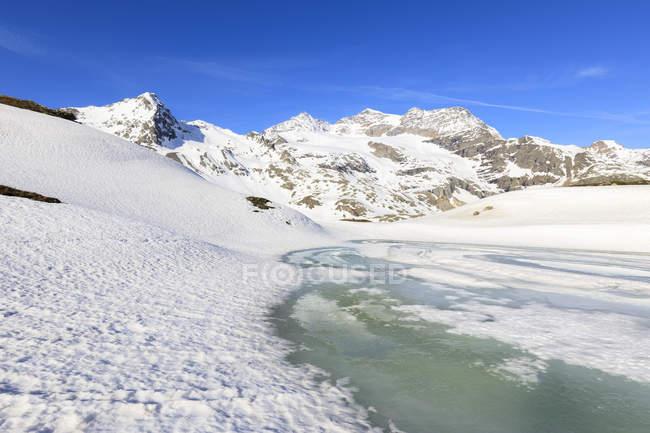 Spring thaw at Bernina Pass — Stock Photo
