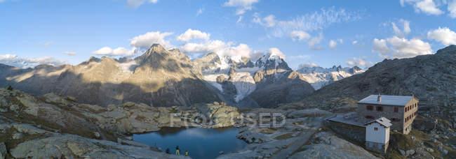 Bernina massif and Roseg Valley — Stock Photo