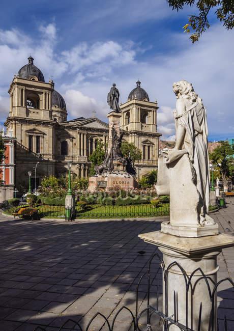 Plaza Murillo mit Kathedrale Basilica unserer Dame des Friedens, La Paz, Bolivien, Südamerika — Stockfoto