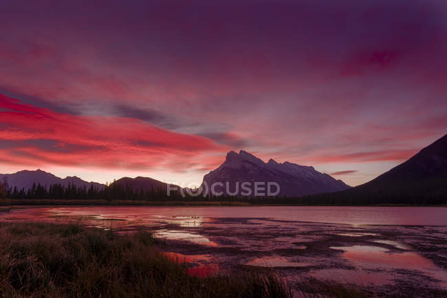 Vermillion Lake dans le Parc National de Banff — Photo de stock