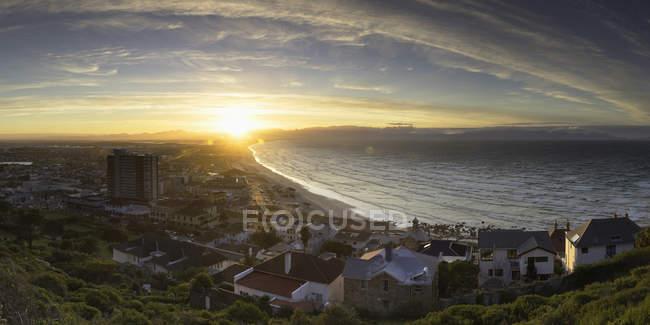 Muizenberg Strand bei Sonnenaufgang — Stockfoto