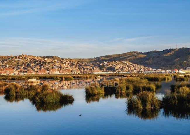 Paesaggio urbano di Puno ad alba — Foto stock