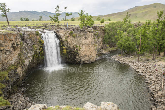 Red waterfall at Orkhon valley — Stock Photo