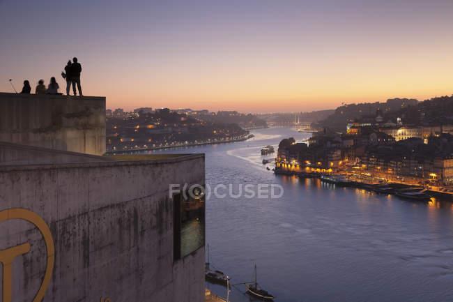 Ansicht von Vila Nova über den Fluss Douro — Stockfoto