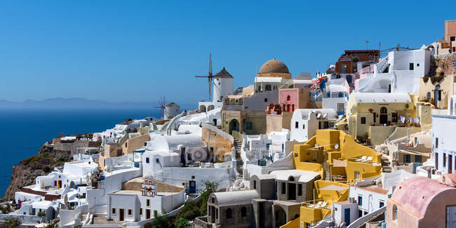 Oia town on Santorini island — Stock Photo