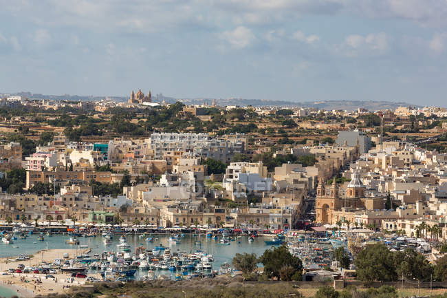 Traditionellen Fischerhafen in Marsaxlokk — Stockfoto