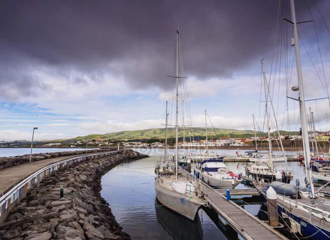 Port in Praia da Vitoria — Fotografia de Stock
