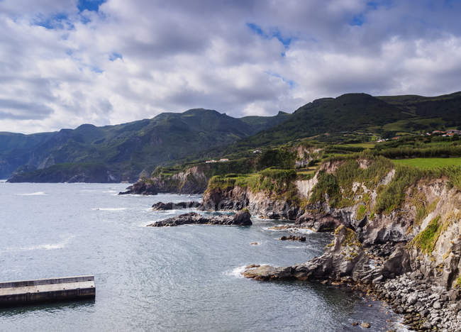 Isla de Costa de Flores - foto de stock