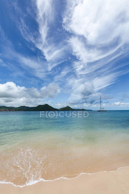 Klares Wasser in Rodney Bay — Stockfoto