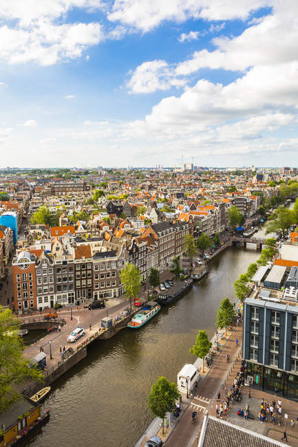Buildings along Prinsengracht Canal — Stock Photo