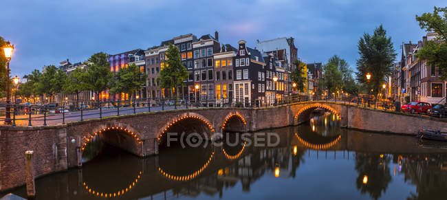 Bridge over the Keizersgracht Canal — Stock Photo