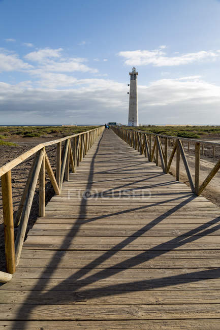 Boardwalk to Faro de Morro Jable — стоковое фото