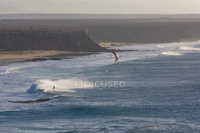 Windsurfer в Эль-Котилло beach — стоковое фото