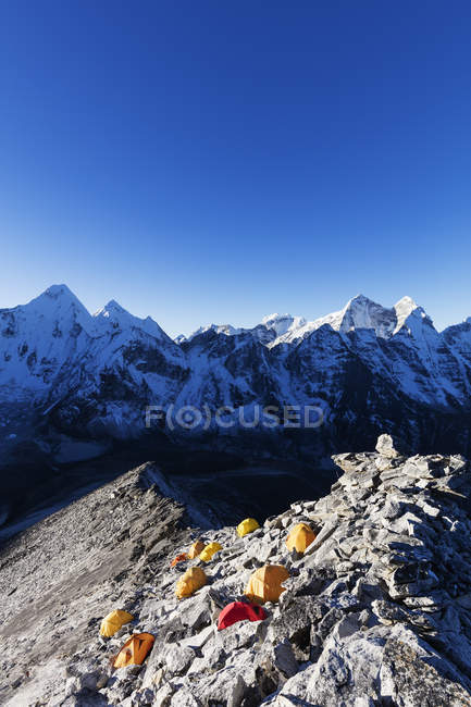 Base camp on Ama Dablam, Sagarmatha National Park, Khumbu Valley, Nepal, Himalayas, Asia — Stock Photo