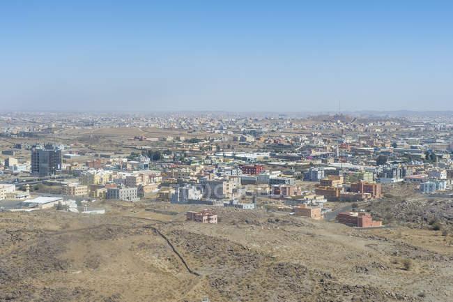Vista aérea da cidade de Abha, no deserto, Arábia Saudita, Oriente Médio — Fotografia de Stock