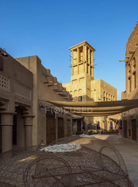 Al Bastakiya histórico bairro e Dubai Creek, Dubai, Emirados Árabes Unidos, Médio Oriente — Fotografia de Stock