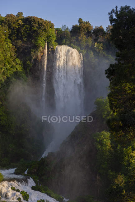Flowing water and river cascade of Marmore Waterfalls, Terni, Umbria, Italy, Europe — Stock Photo