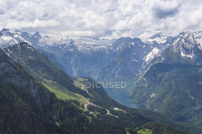 Баварские Альпы и озера Кёнигсзее — стоковое фото