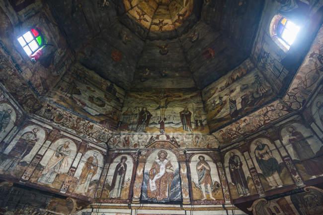 Gemälde in hölzernen St. Georges Church, Drohobytsch, Ukraine — Stockfoto