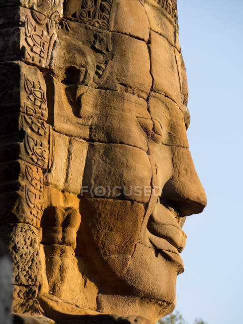 Huge carved stone face, Bayon Temple, Angkor Wat complex, Siem Reap, Cambodia, Indochina, Southeast Asia, Asia — Stock Photo