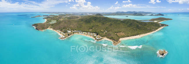Panoramic elevated view of Hawksbill Bay and Landing Bay, Antigua, Antigua and Barbuda, Leeward Islands, West Indies, Caribbean, Central America — Stock Photo