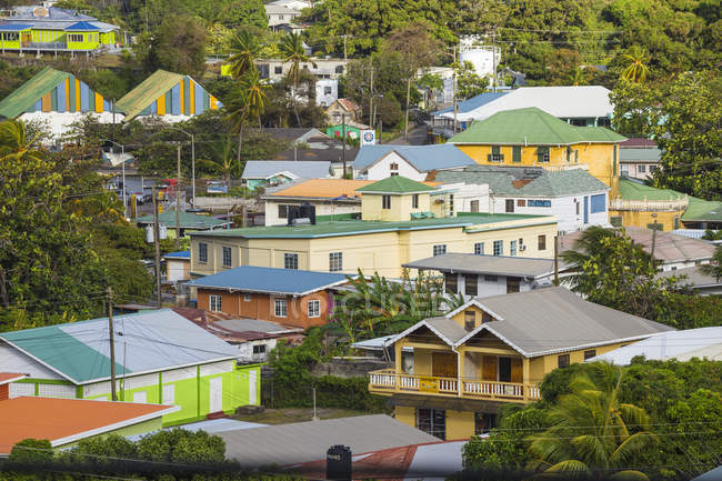 Colorful traditional houses in Port Elizabeth, Bequia, The Grenadines, West Indies, Caribbean, Central America — Stock Photo