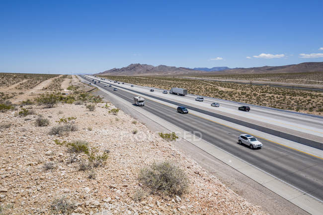 View of Highway 15 in desert near Las Vegas, Nevada, United States of America, North America — Stock Photo
