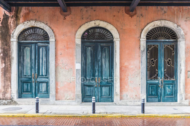 Typically colourful architecture in historic old quarter in Panama City, Panama, Central America — Stock Photo
