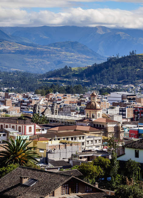 View over of City Center and mountains, Otavalo, Imbabura Province, Ecuador, South America — Stock Photo