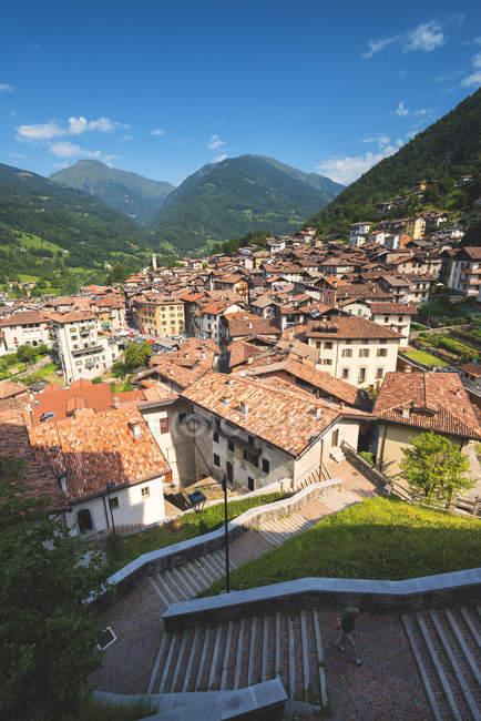 Небольшой живописной деревне в долине Sabbia горы, Bagolino, Провинция Брешия, Ломбардия, Италия, Европа — стоковое фото