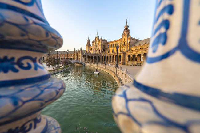 Overview of canal and portico from a decorated glazed ceramic balustrade, Plaza de Espana, Seville, Andalusia, Spain, Europe — Stock Photo