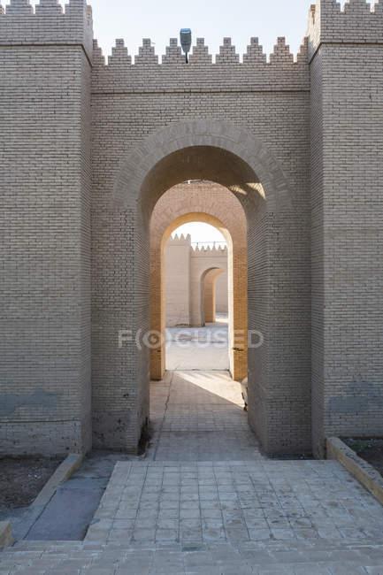 Реконструированный развалинах Вавилон, Ирак, Ближний Восток — стоковое фото