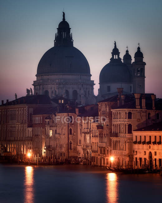 Historical Santa Maria della Salute at sunset in Venice, Italy, Europe — Stock Photo