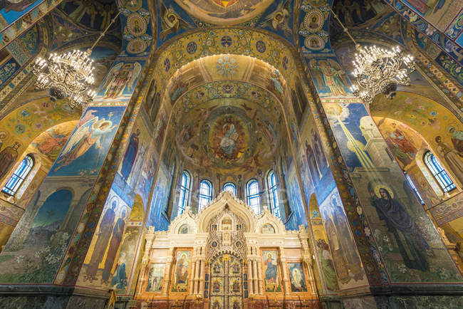 Interior of Church of the Savior on Spilled Blood in St. Petersburg, Russia, Europe — Stock Photo
