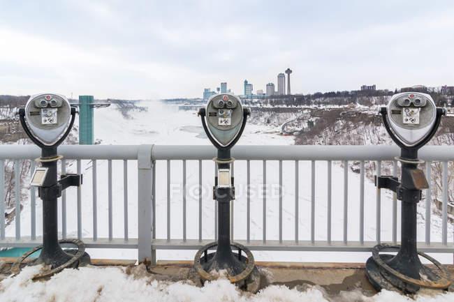 Binóculos Coin operated em Niagara Falls, Buffalo, New York State, Estados Unidos da América, América do Norte — Fotografia de Stock