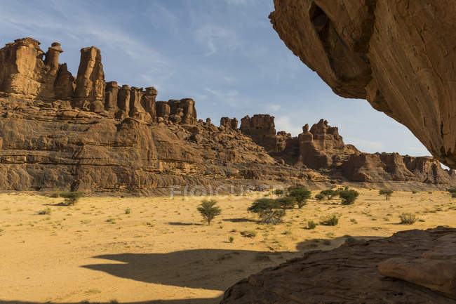 Скальные образования в пустыне, Плато Эннеди, регион Эннеди, Чад, Африка — стоковое фото